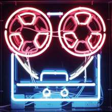 Soft Cell: Keychains & Snowstorms: The Soft Cell Story (Limited Edition Boxset), 9 CDs, 1 DVD und 1 Buch