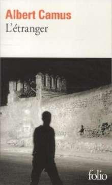 Albert Camus: L'etranger, Buch
